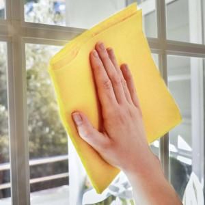 Pulizia dei vetri: più di una passata di spugna