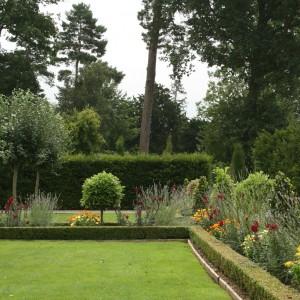 lavoro-giardinaggio