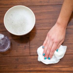 Il parquet è un tipo di pavimentazione pregiata, bisogna averne cura.